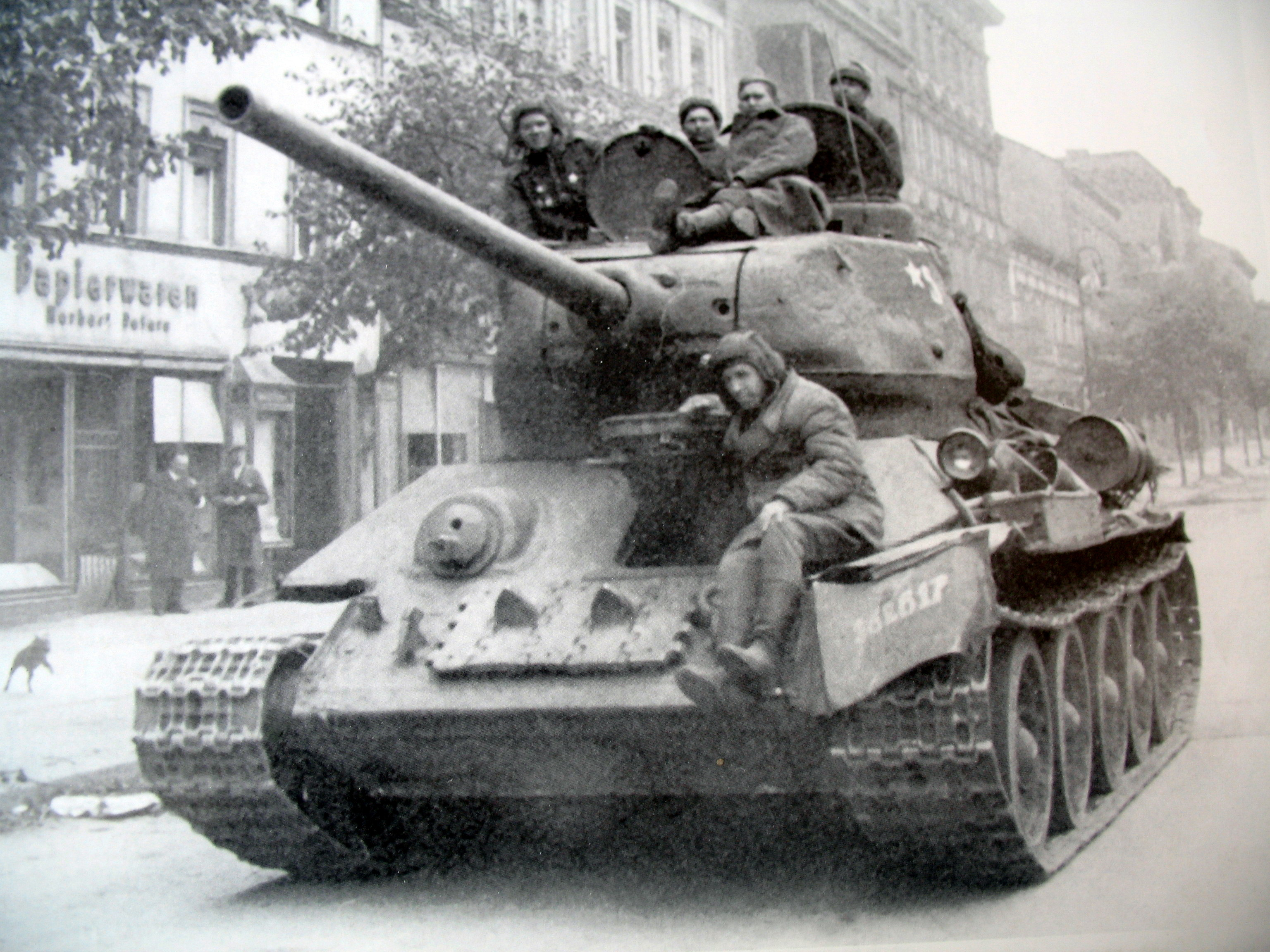 10 рекордов танка Т-34 - Армейский сайт «Почта полевая»