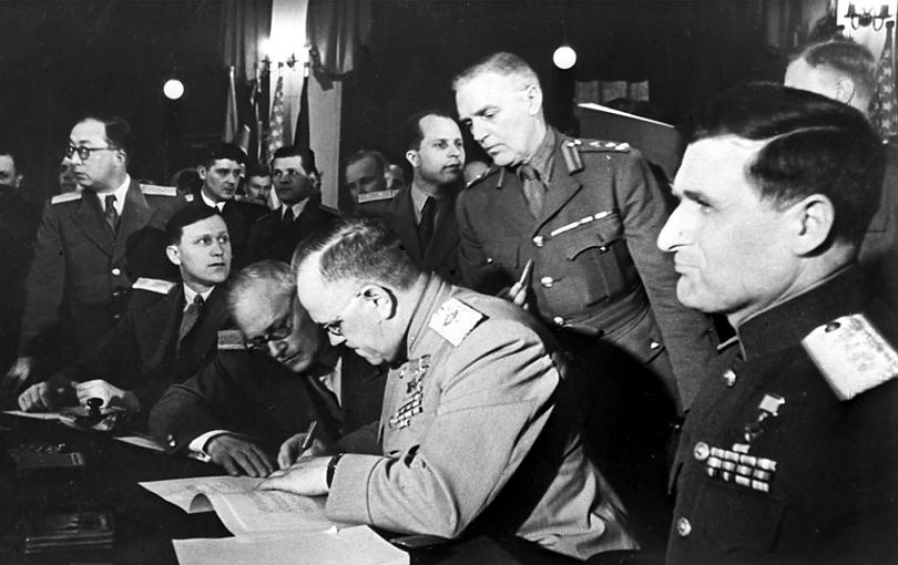 В этот день… 8 мая – 1 только, Германии, известно, капитуляции, Победы, скором, придёт, Глиттер, генерал, станет, одним, будущем, известный, состоялось, Нельсон, родился, самом, Карлсхорсте, Сталин, переименованный